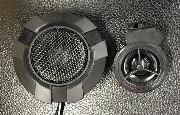 传祺GS4无损改装英国威极+德国伊蔓 干净音质轻松秒杀原车音响